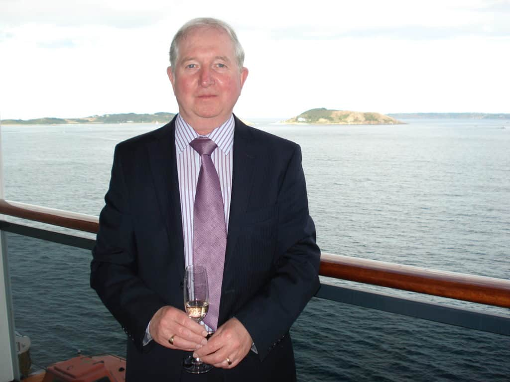 Captain Peter Corin, Editor